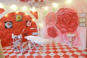 Kosmetikerin in Taschkent
